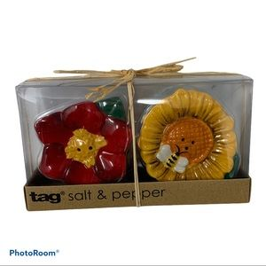 HP! TAG Flower & Bee Ceramic Salt & Pepper Shakers